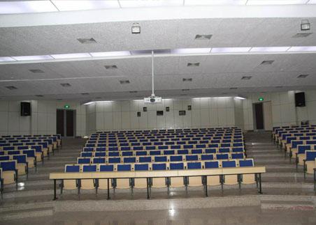 青岛大学阶梯教室排椅